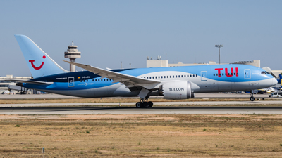 Tui Airways Boeing 787-8