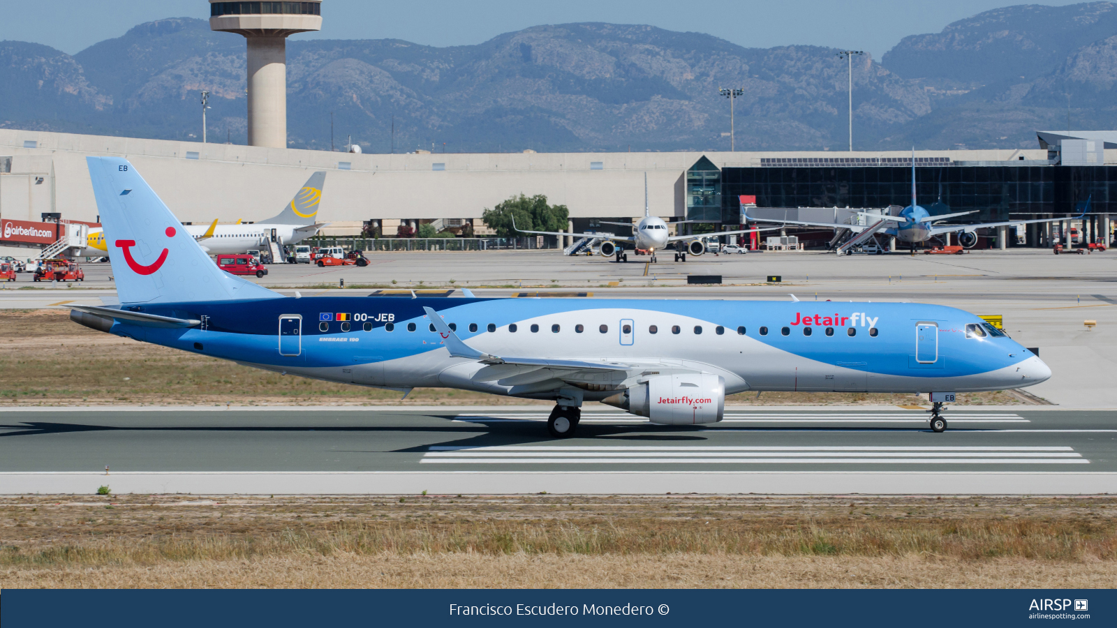 Jetairfly  Embraer ERJ-190  OO-JEB