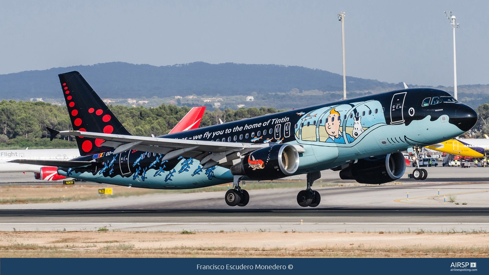 Brussels Airlines  Airbus A320  OO-SNB
