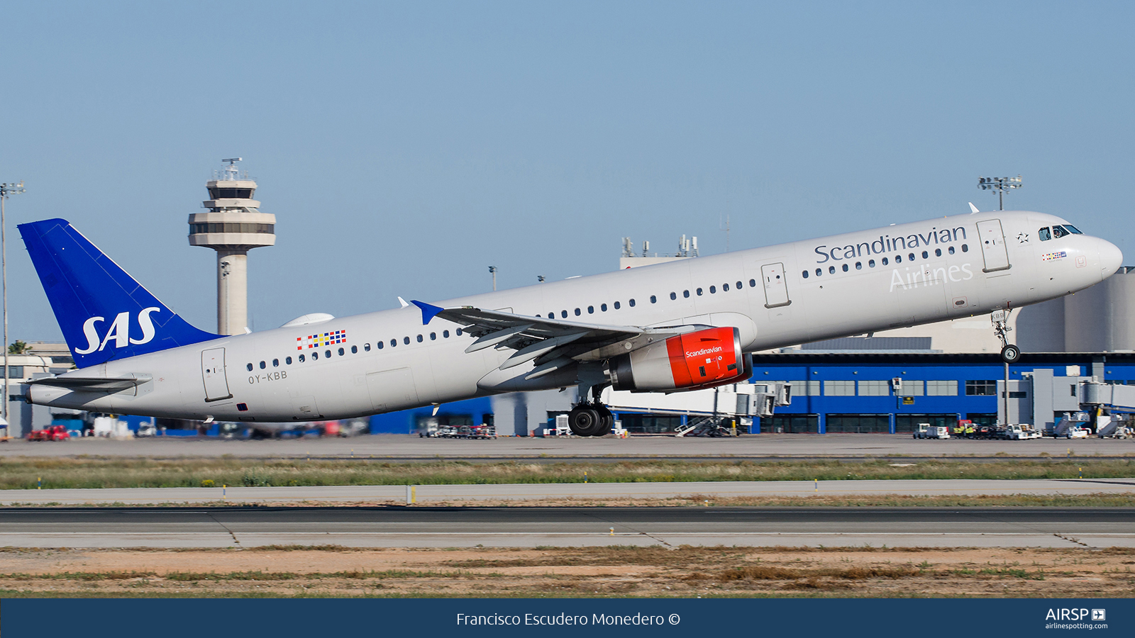 SAS Scandinavian Airlines  Airbus A321  OY-KBB