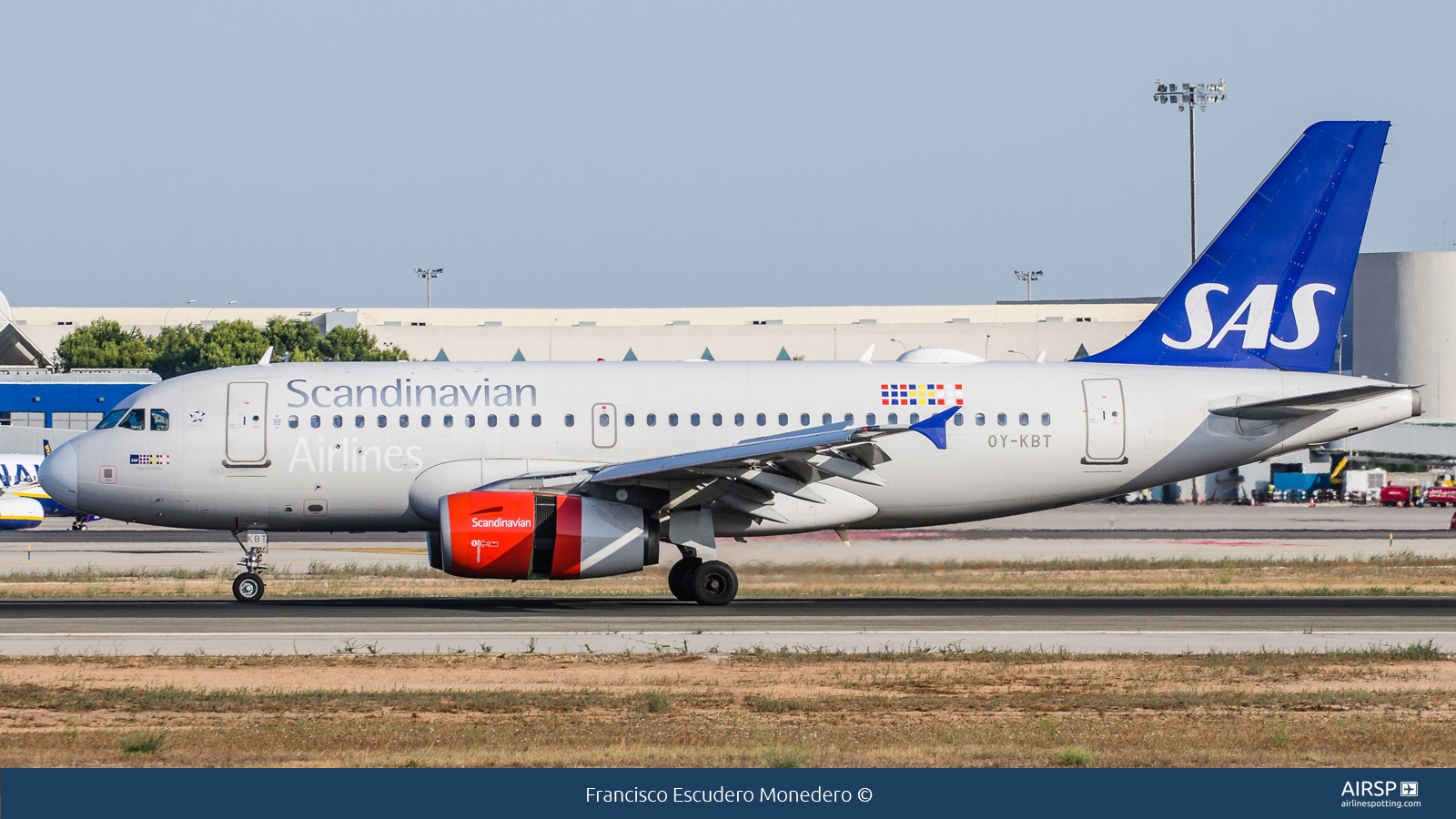SAS Scandinavian Airlines  Airbus A319  OY-KBT