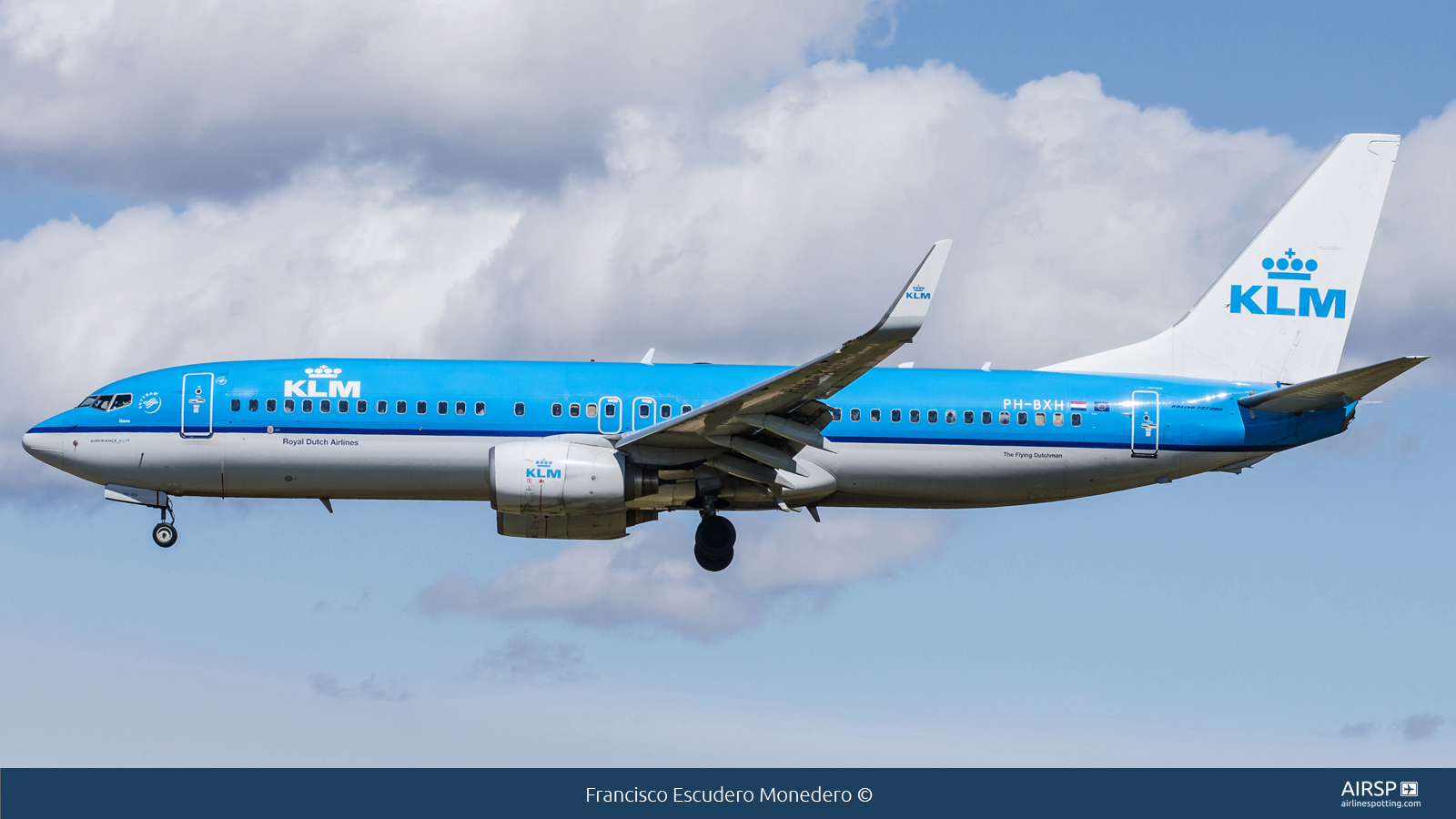 KLM  Boeing 737-800  PH-BXH
