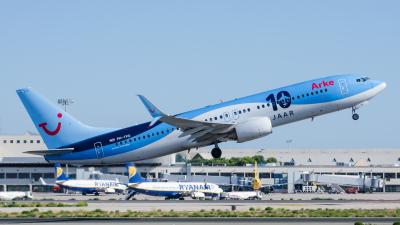 Arke Boeing 737-800