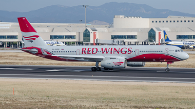 Red Wings Tupolev Tu-204