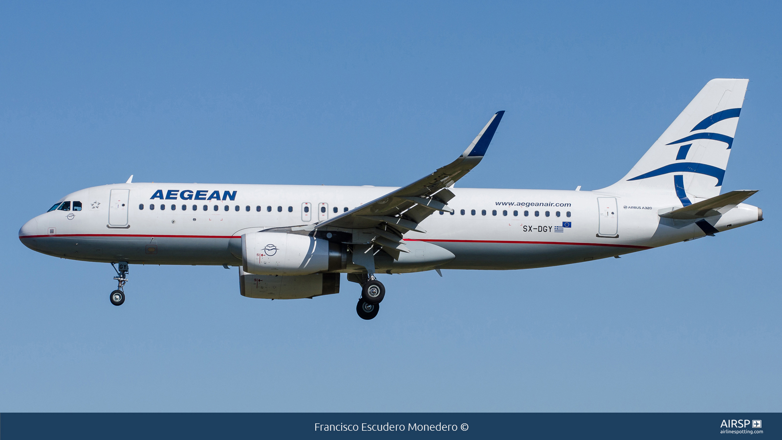 Aegean Airlines  Airbus A320  SX-DGY