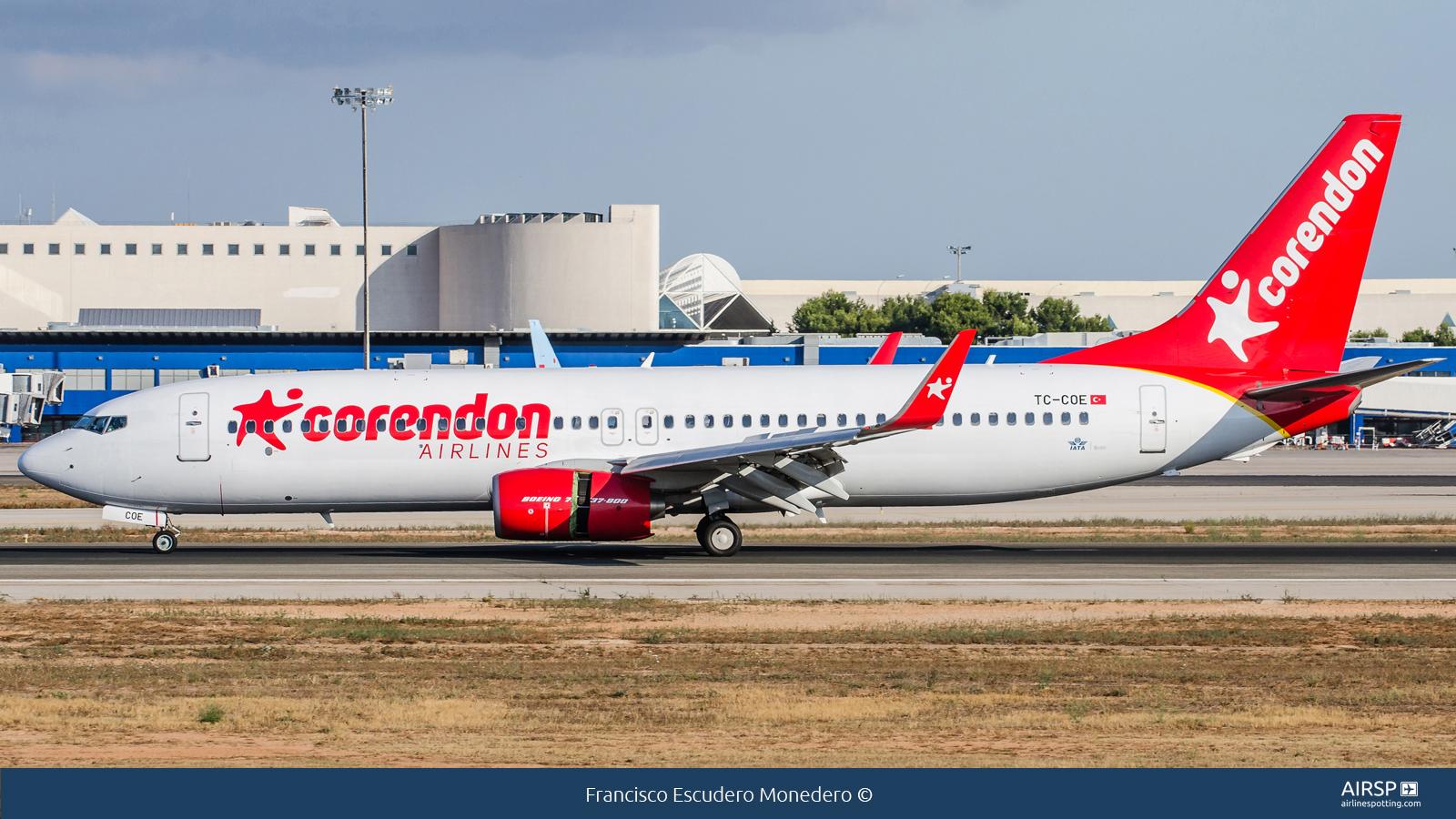 Corendon Airlines  Boeing 737-800  TC-COE