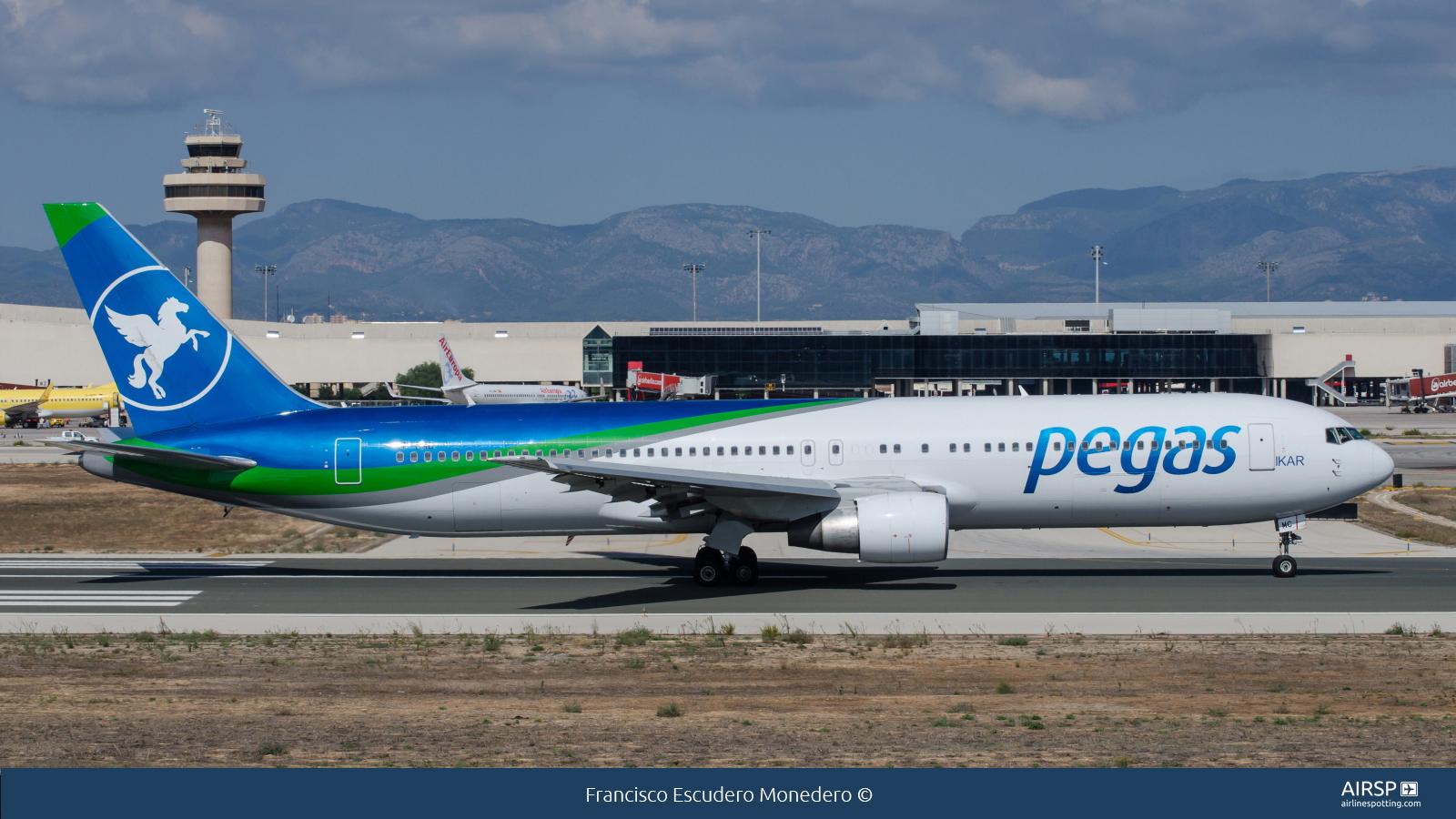 Pegas Fly  Boeing 767-300  VP-BMC