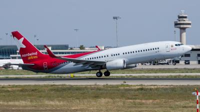 Ikar Boeing 737-800