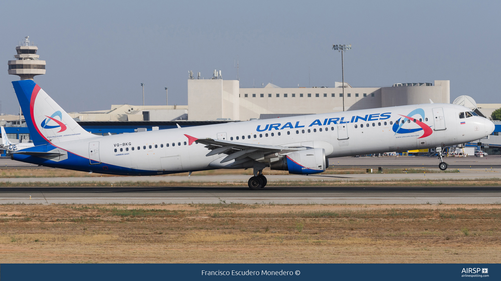 Ural Airlines  Airbus A321  VQ-BKG