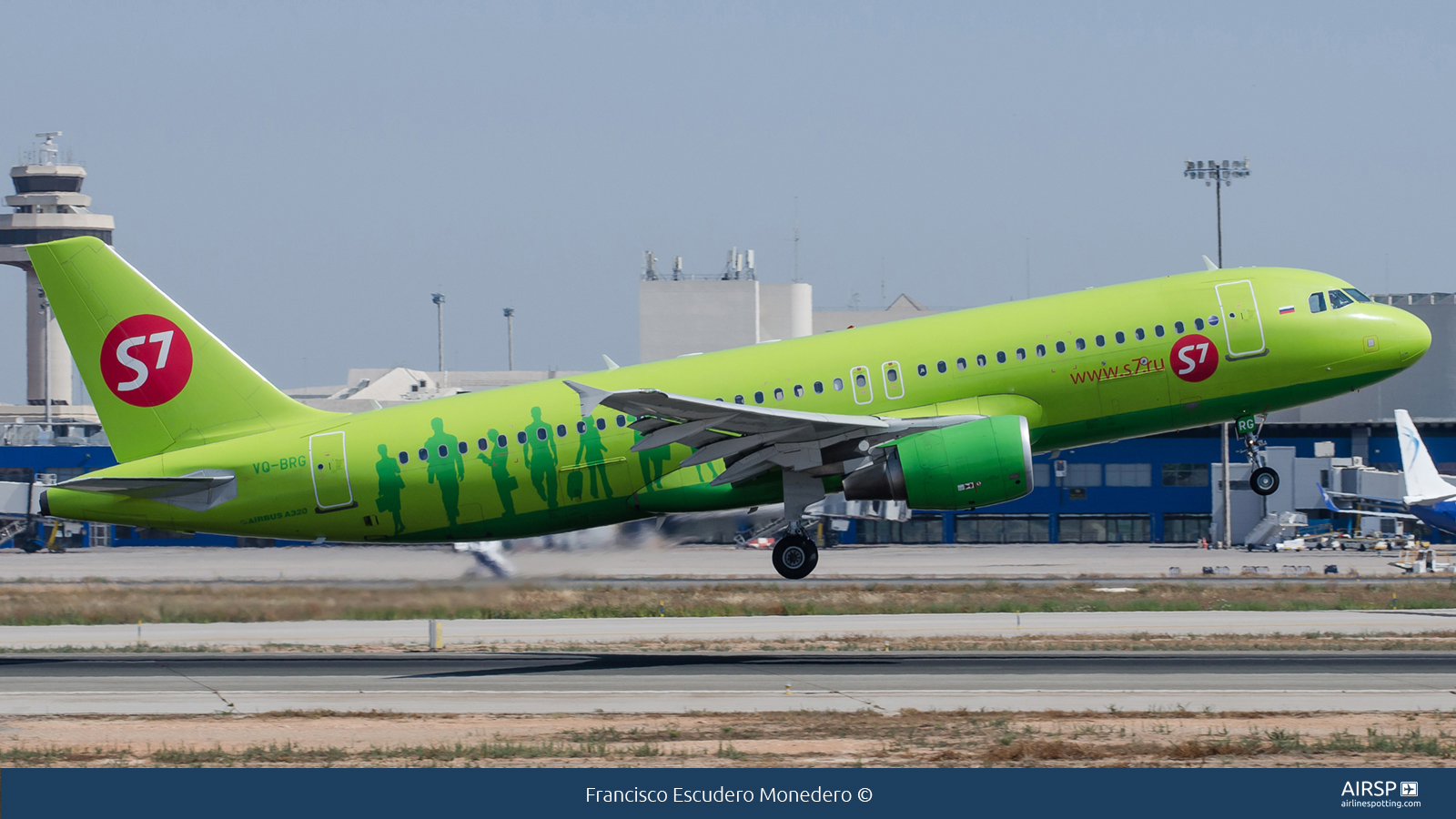 S7 Airlines  Airbus A320  VQ-BRG