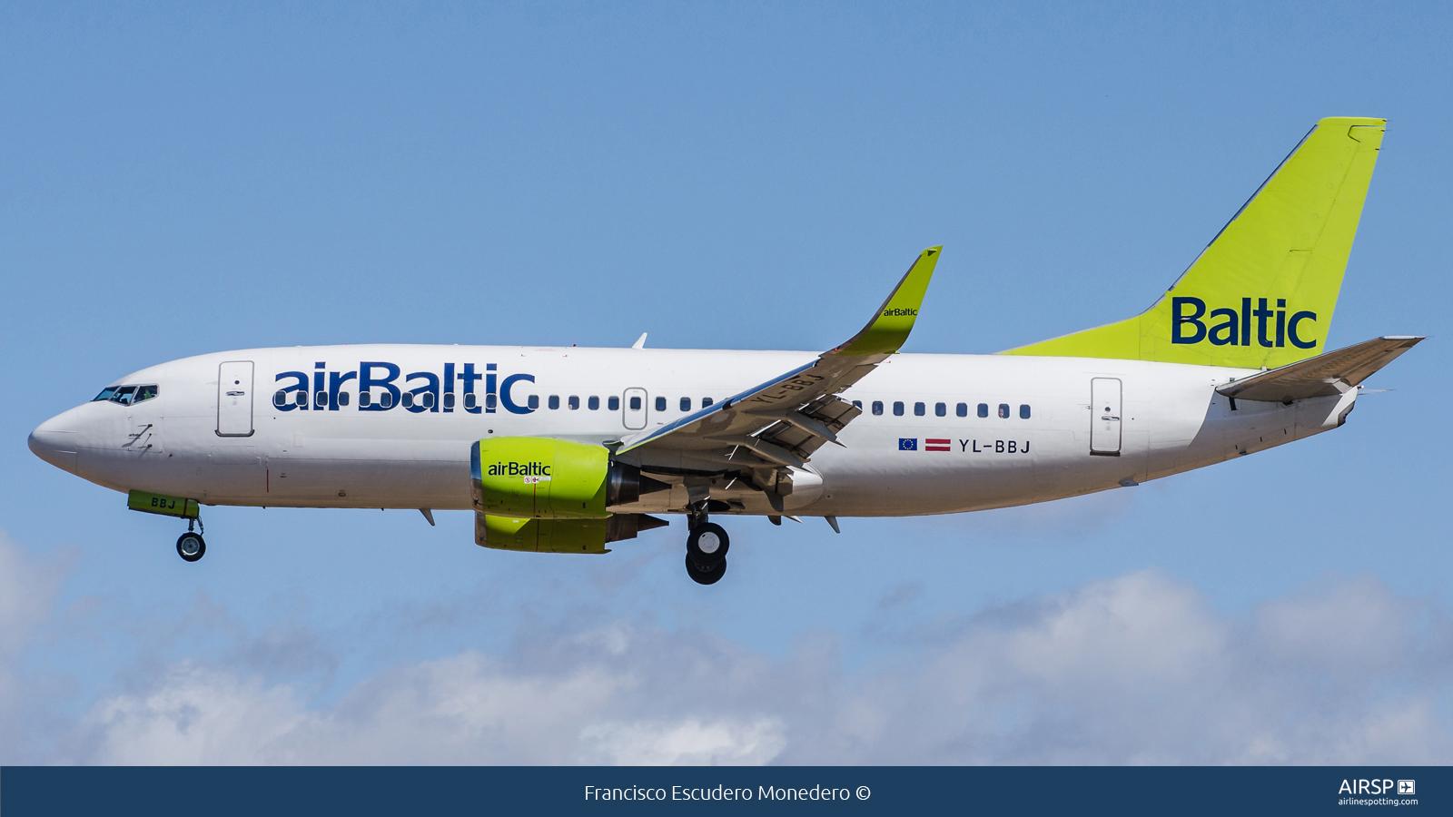 Air Baltic  Boeing 737-300  YL-BBJ