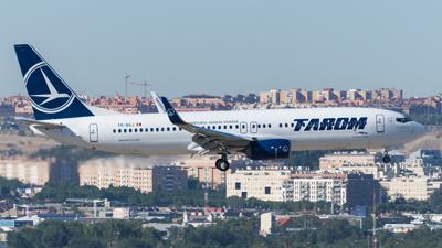 Tarom Boeing 737-800
